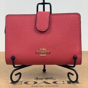 NWT Coach Corner Zip Wallet Leather IM/Poppy